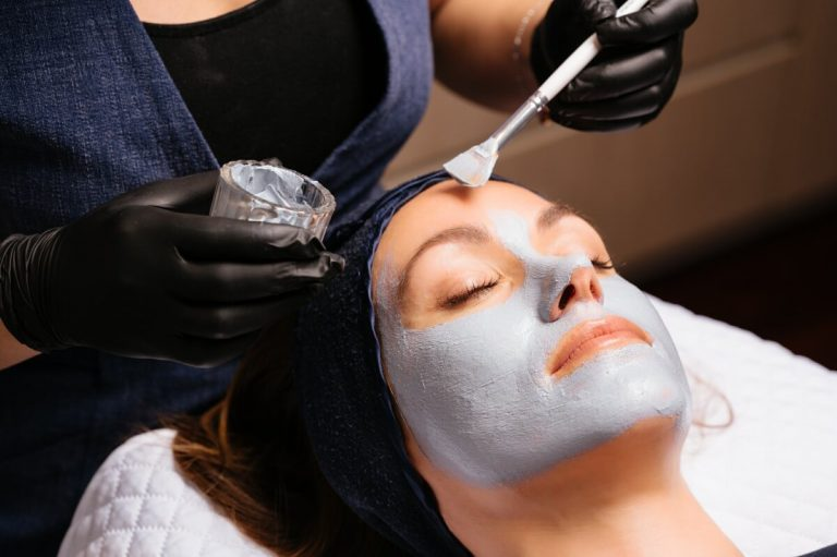 Youth Lab advanced facial